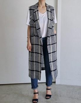 Linen check long vest