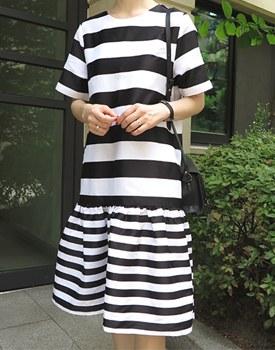 Double Stripe One Piece - 2c