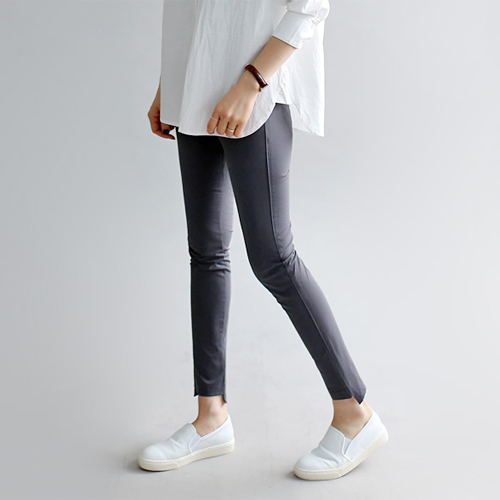 Ember slim pants - 2c Solid texture, stiff stretch Suitable moderate size finisher