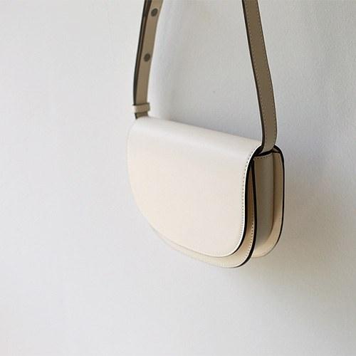 ellipse - bag