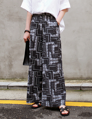 wide paisely pants