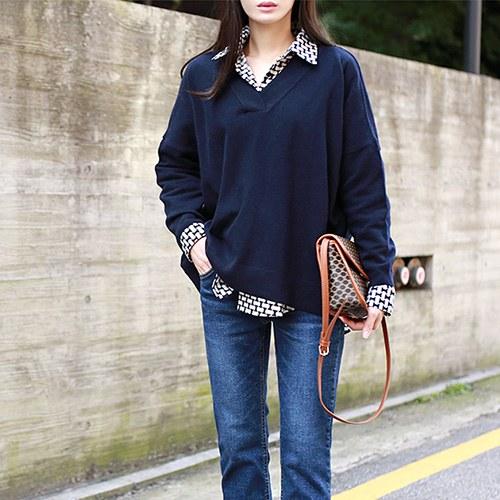 cash V - neck knit