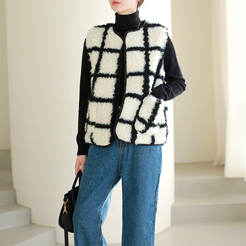 Square Fur Vest